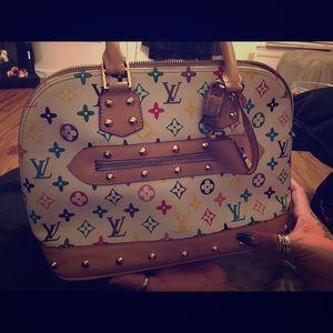 Louis Vuitton Hand bag 100% genuine